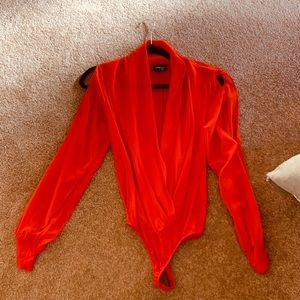 NWOT Bebe Orange Open Shoulder Body Suit M